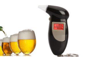 Produktbild von Hochpräziser Atem-Alkohol-Tester mit 5 Mundstücken